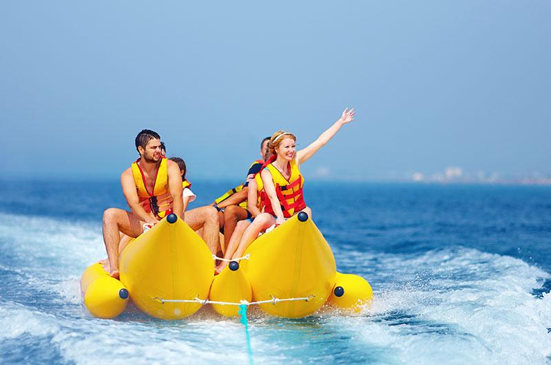 Finolhu Wassersport Bananenboot
