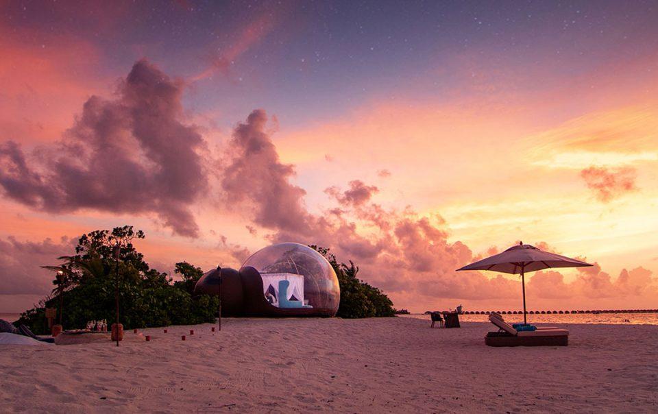 Finolhu Beach Bubble con una maravillosa puesta de sol, perfecto para una luna de miel