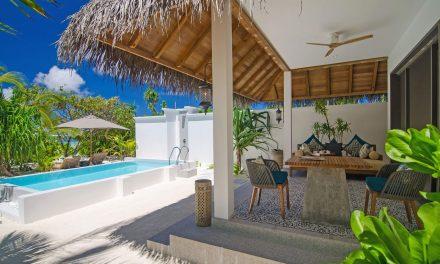 Private beach pool Suites garden