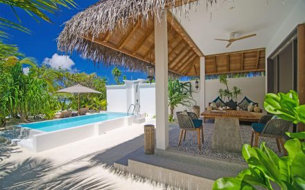 Freiluft-Lounge in der Beach Villa