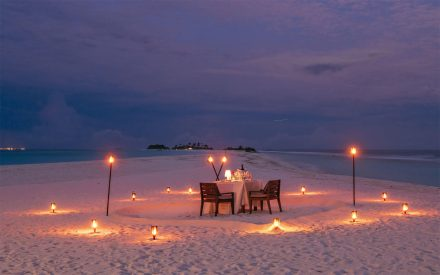 your perfect private beach diner at honeymoon