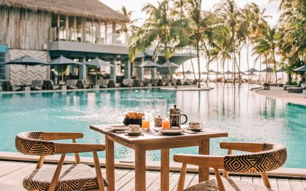 breakfast at pool