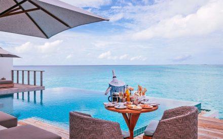 maldives room service