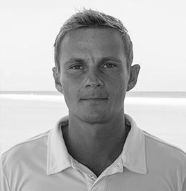Akseli Kokkonen, Axu - Instructor