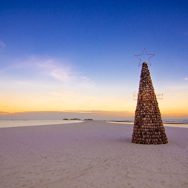 luxury resort maldives festive celebrations