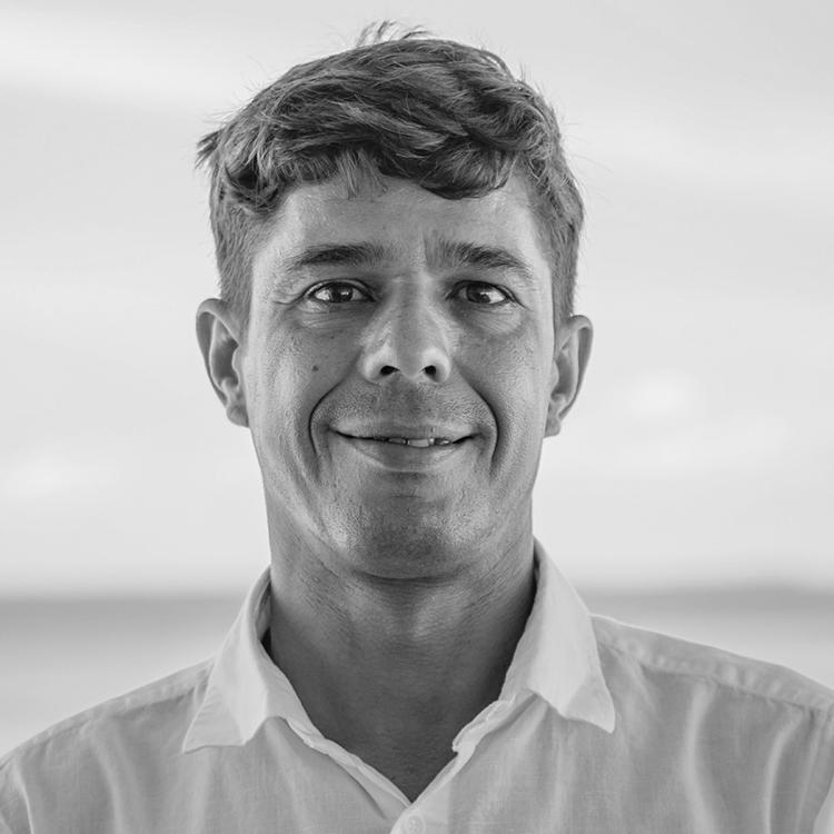 Tiago, Oceanic Manager on Finolhu
